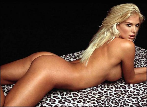 bilder nakna kvinnor hårig fitta porr