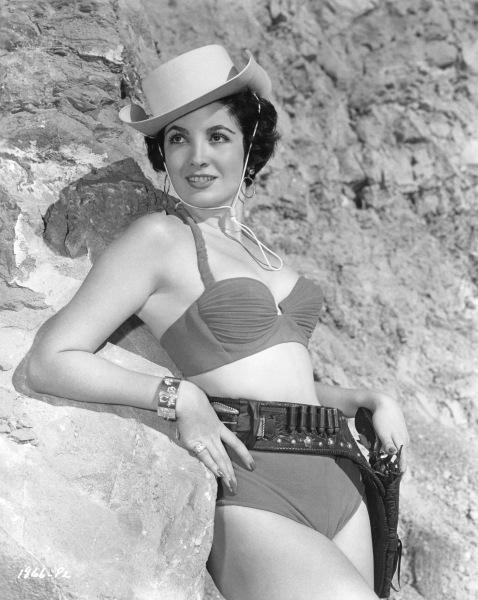 linda cristal 1957